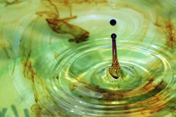 A drop of Iodine on water