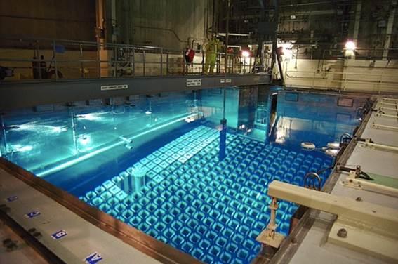 http://noyonews.net/wp-content/uploads/2012/10/Spent-Fuel-Pool-1.jpg