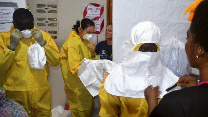 http://scd.france24.com/en/files/imagecache/france24_ct_api_bigger_169/article/image/Ebola_1.jpg