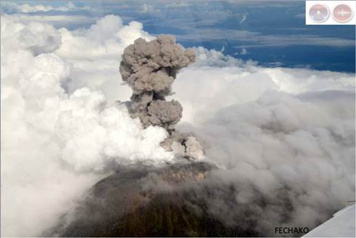 http://www.ticotimes.net/wp-content/uploads/2014/10/Turrialba-volcano-air-1000x668.jpg