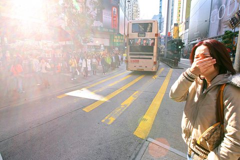 http://www.globalcitizencorps.org/sites/default/files/air-pollution-causeway-bay.jpg