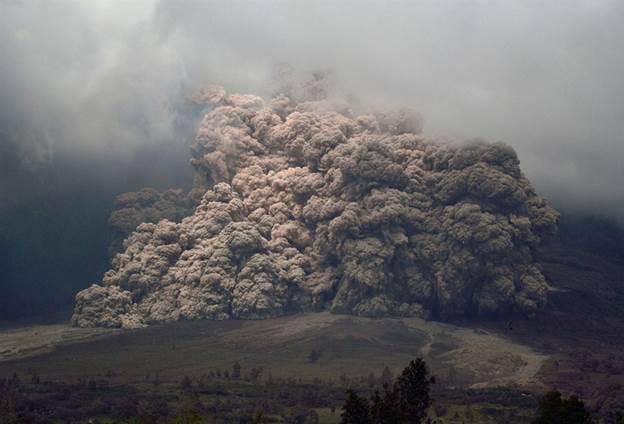 https://media2.s-nbcnews.com/j/MSNBC/Components/Photo/_new/pb-140107-volcano-da-02.photoblog900.jpg