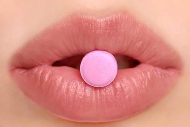 http://images.medicaldaily.com/sites/medicaldaily.com/files/2015/06/04/pinkpill.jpg