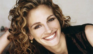 Baking soda makes Julia Roberts` teeth shine!