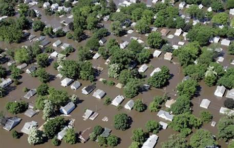houses underwater.jpg